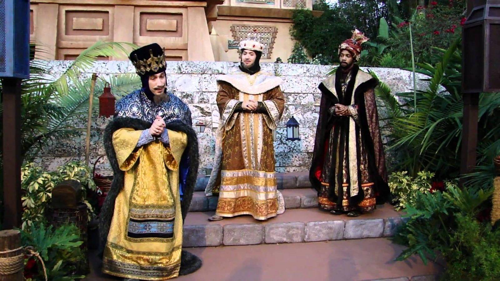 El Día De Los Reyes Magos Dias Festivos En Mexico