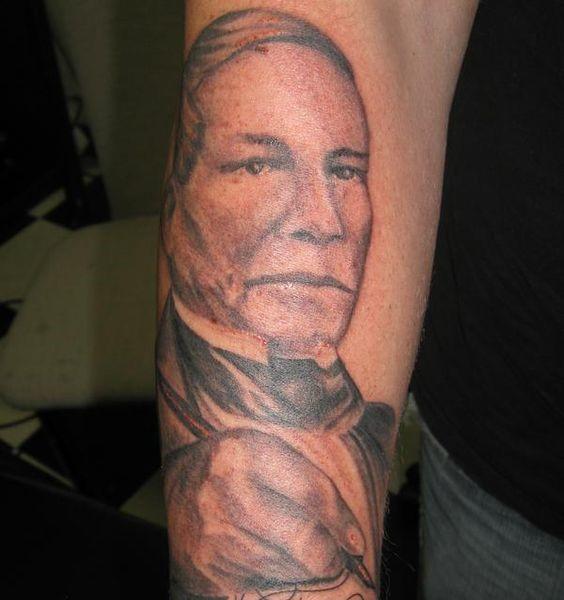 tatuaje-benito-juarez